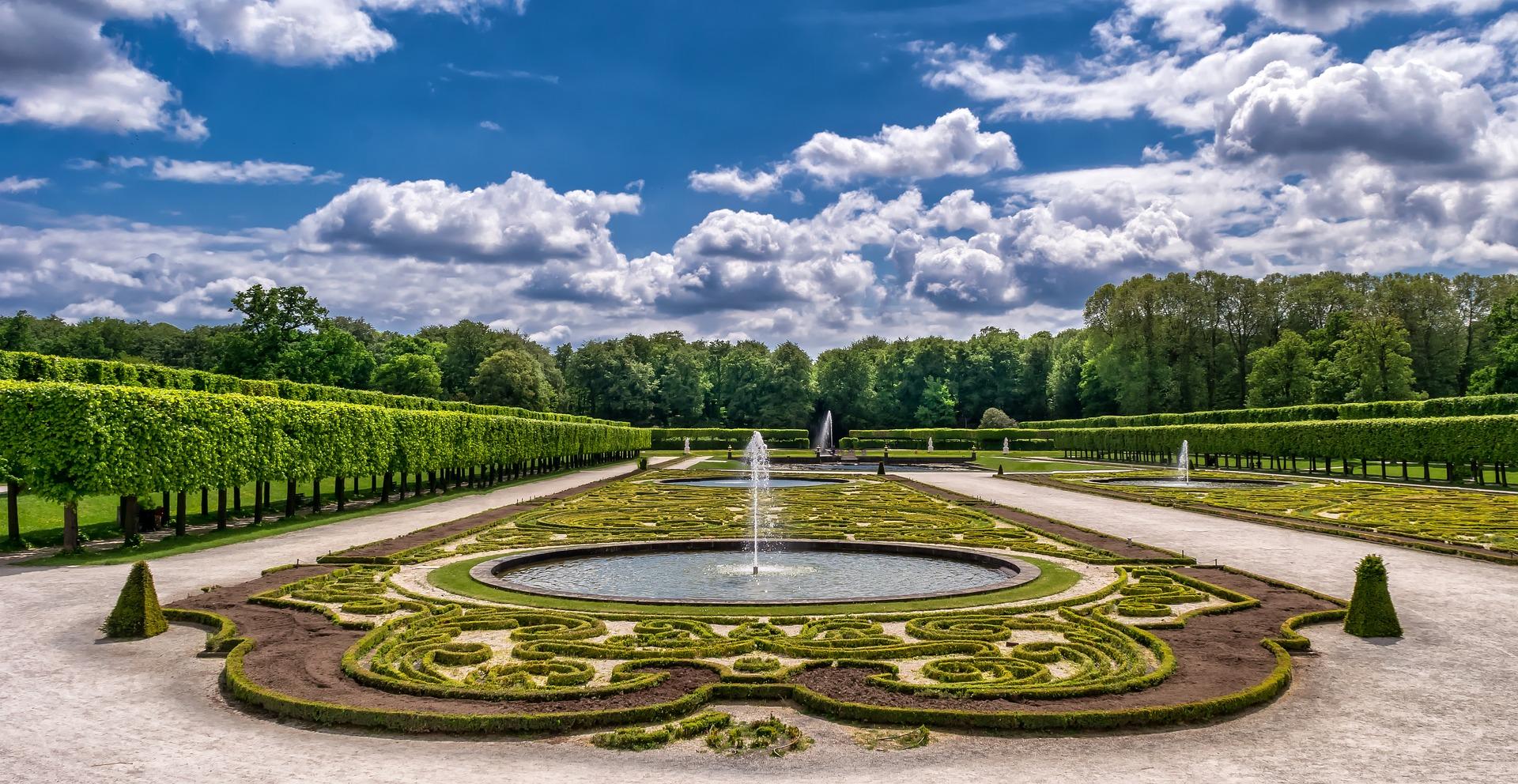 Чем отличается английский сад от французского